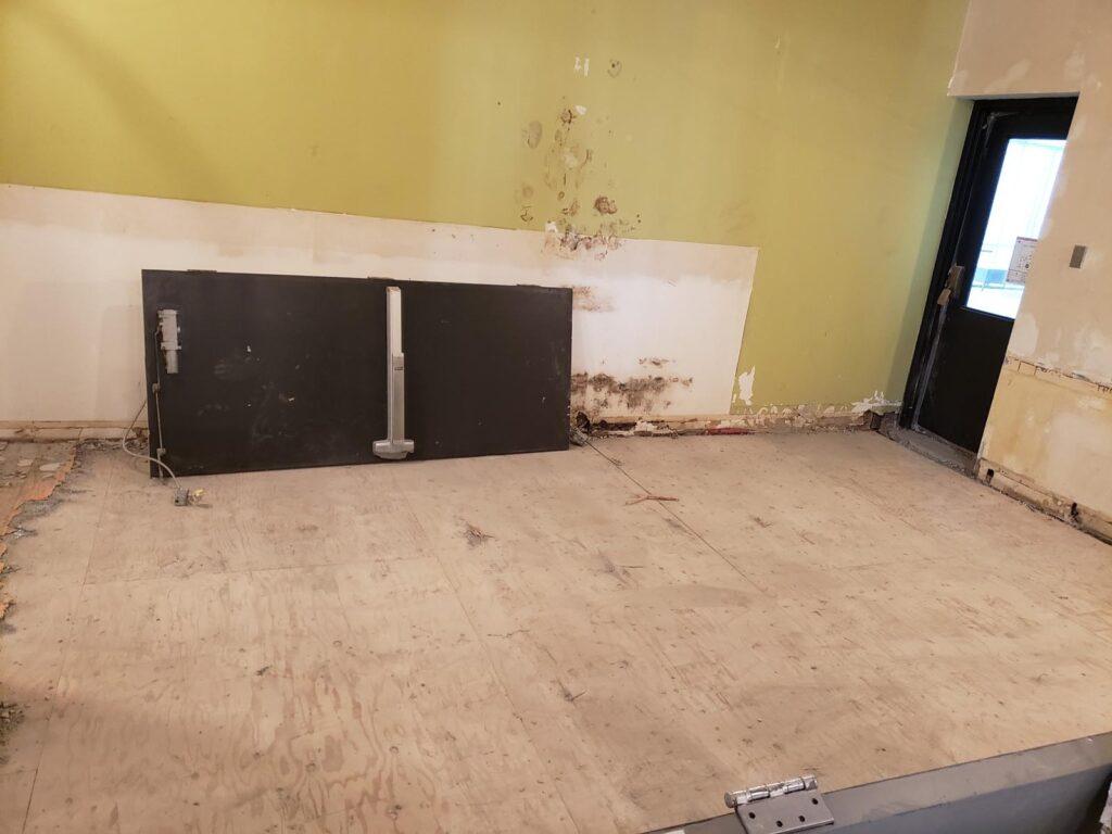 360 Demolition & Environmental Services Ryerson Oakham Cafe (8)